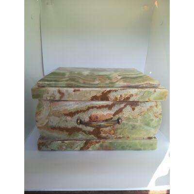 Márvány (onyx) urna zöldes alapszínű