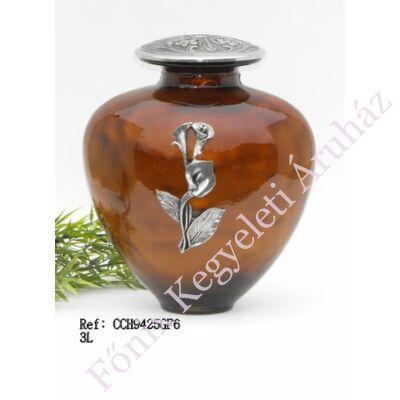 Barnás narancs színű urna fém-üveg kála dísszel